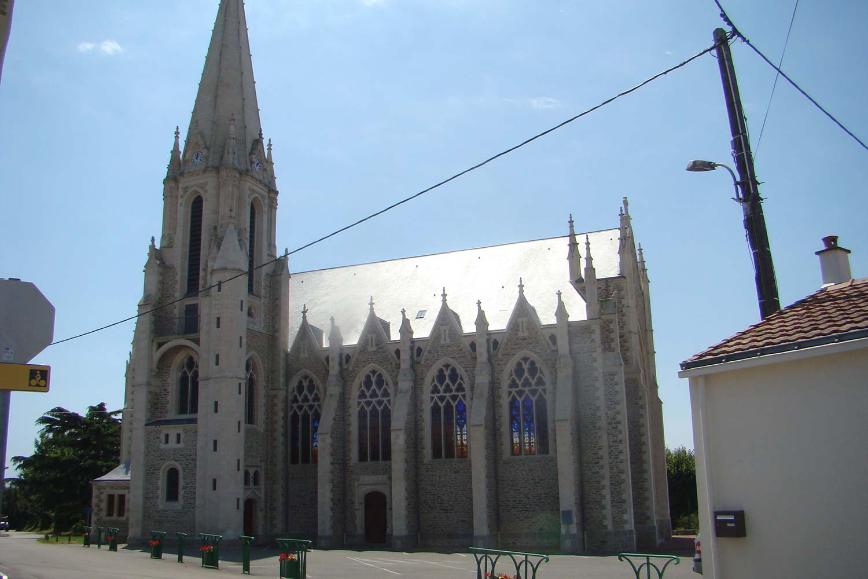 Eglise Saint Cyr en Retz 44580