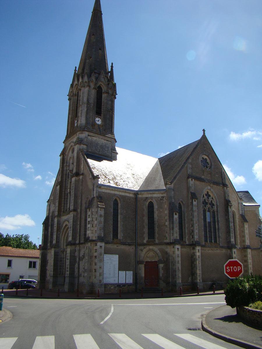 Eglise Saint Même le Tenu 44270