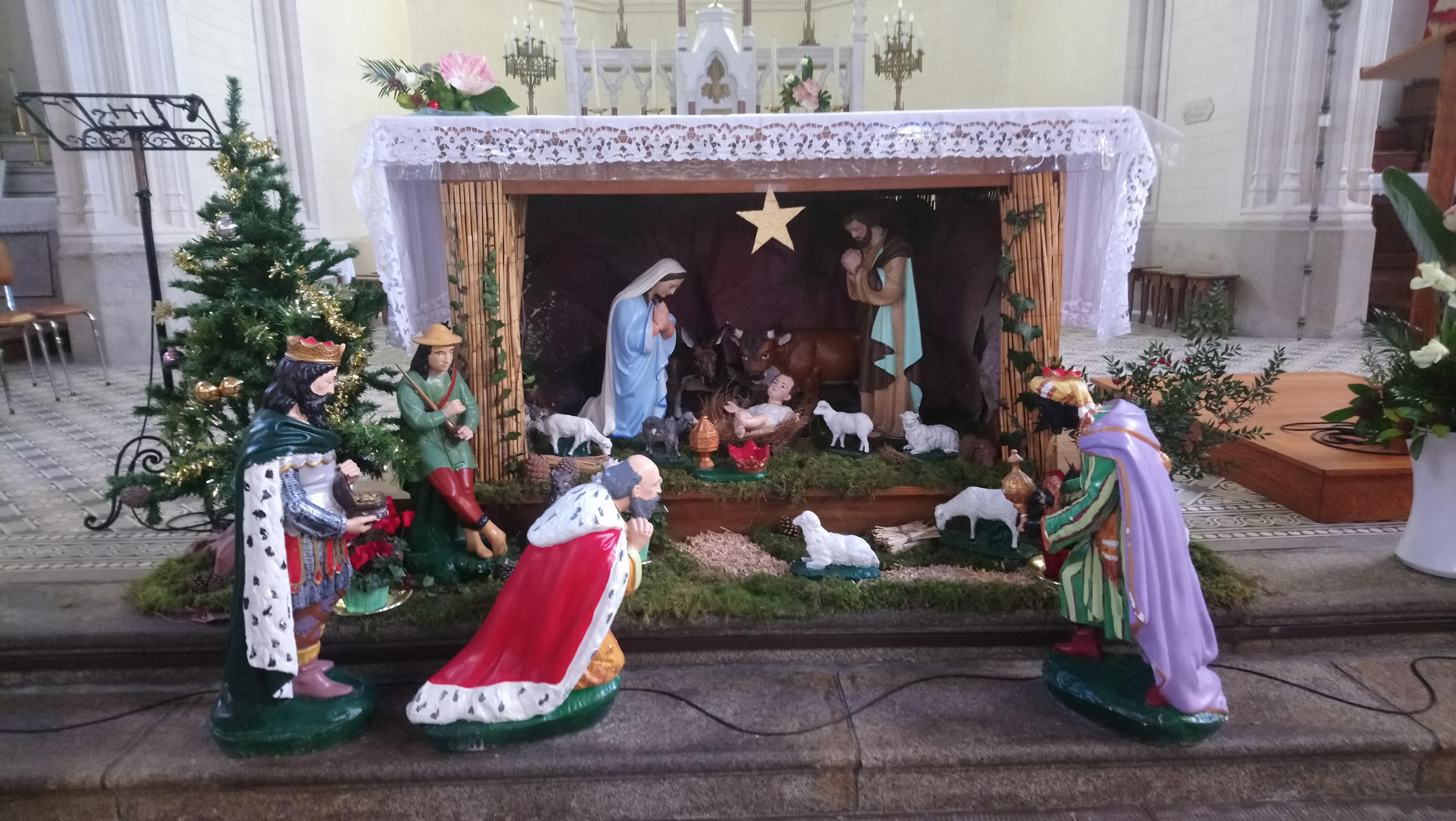 crèche Saint Cyr Noël 2018