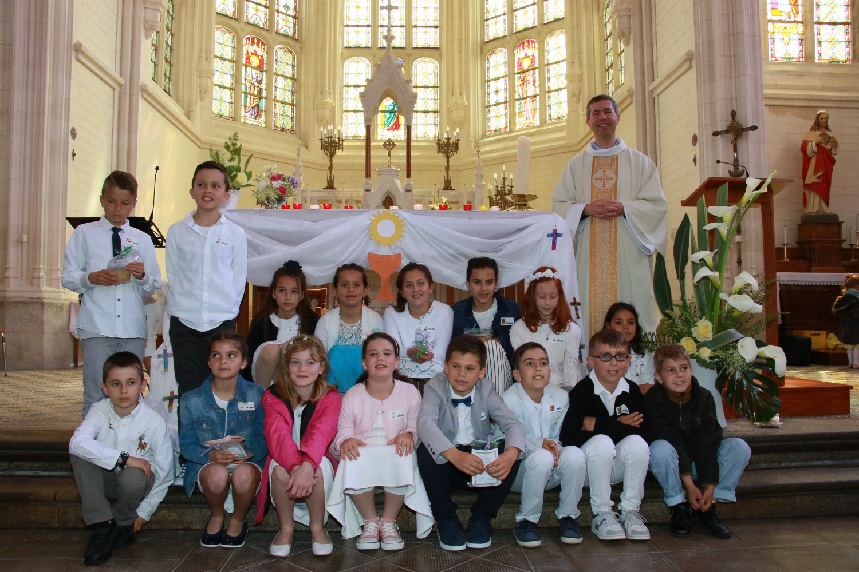 1ère communion à St Cyr en Retz 19.05.2019