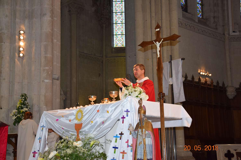 1ère Communion Ste Croix en Retz