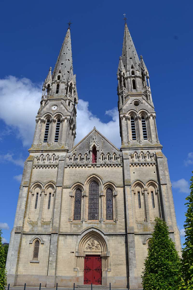 Eglise Machecoul Saint Même 44270